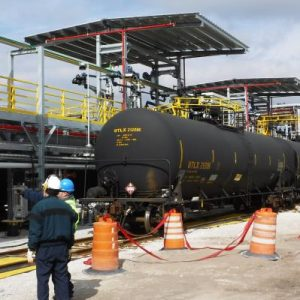 Railcar-Loading-Platform-Greenline-sm